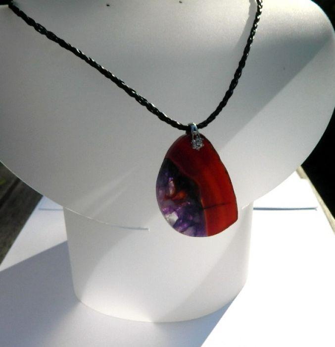 Nieregularny agat z kryształem, wisiorek