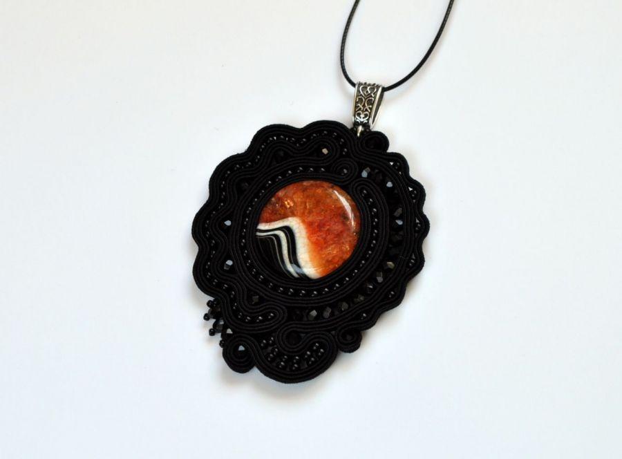 Wisiorek czarny z agatem - wisior duży, przyciąga wzrok