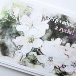 Kartka MOTYWACYJNA - biało-beżowe kwiaty - Uniwersalna kartka z biało-beżowymi kwiatami