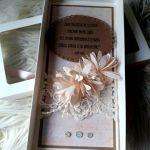 Kartka w pudełku z okienkiem