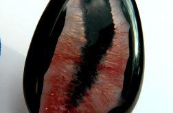 Unikatowy wisior, czarny onyks z kryształem