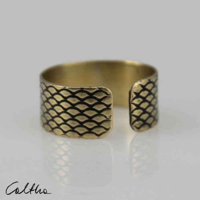 Rybia łuska - mosiężna obrączka 130620-09 - Regulowany pierścionek