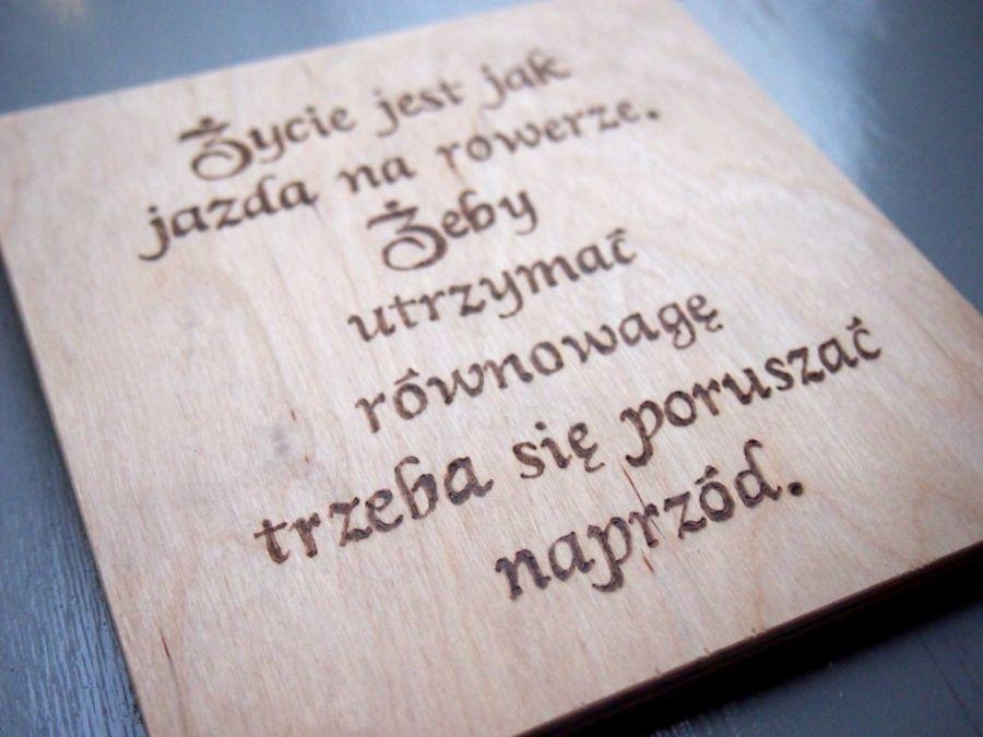 obrazek Życie jest jak jazda na rowerze - drewnany obrazek z twoim tekstem