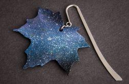 Kosmiczna zakładka w formie liścia klonu