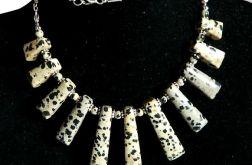 Jaspis dalmatyńczyk, stopniowane kamienie