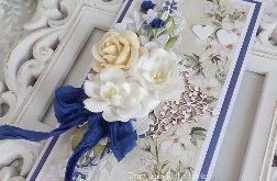 Ślubna kartka w pudełku 452