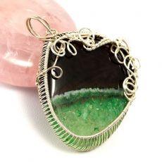 Srebrny wisior z agatem zielono czarnym