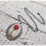 naszyjnik z różą Małego Księcia