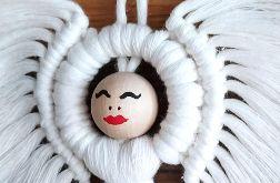 Anioł Zuzia z Makramy