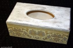 Chustecznik złoty ornament