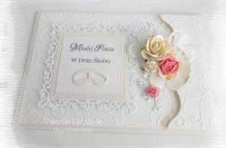 Pamiątka ślubna w bieli w pudełku #3