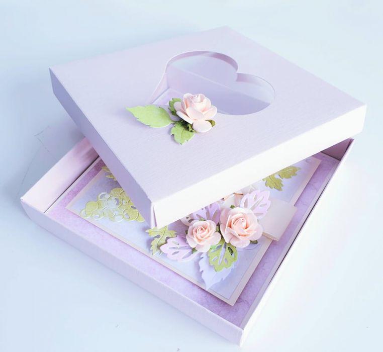 PAMIĄTKA I KOMUNII ŚW. w pudełku z sercem DZ