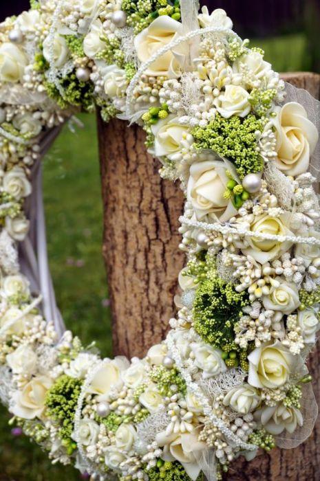 Wianek ślubny lub komunijny w kolorze ecru
