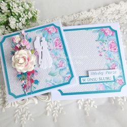 Ślubna kartka w pudełku 357