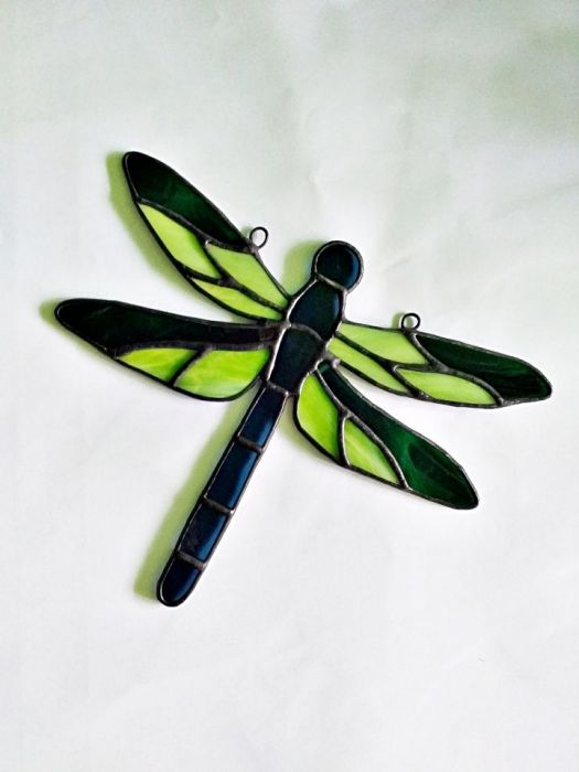 Rajska Ważka Tiffany - przykład pracy na zamówienie w kolorze ciemnej zieleni i limonki