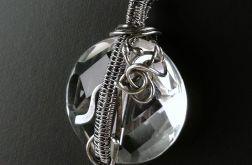 Srebrny wisiorek z kryształem górskim Srebro