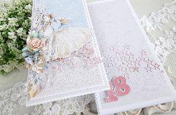 Kartka na 18 urodziny w pudełku 117