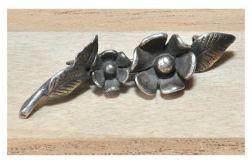 28 srebrna broszka; stare srebro;