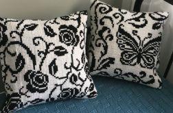 Poduszki czarno-białe
