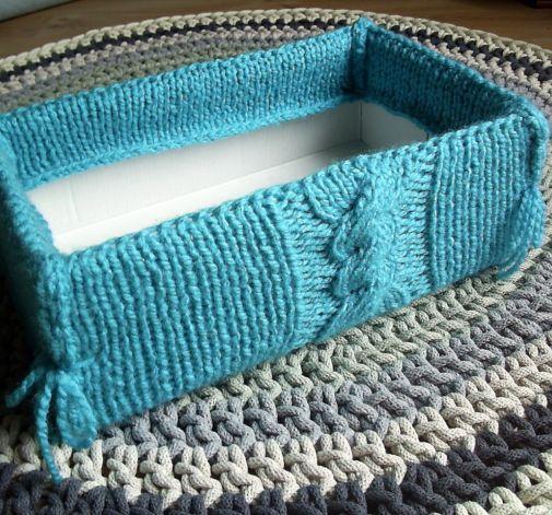 Pudełko w sweterku