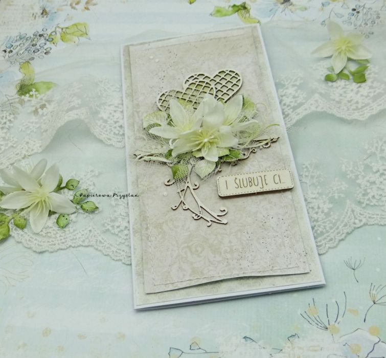 Kartka ślubna z sercami w pudełku - ślubny prezent