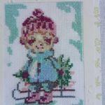 Kartka bożonarodzeniowa - Chłopiec z choinką  - zbliżenie na wzór