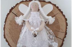 Aniołek biały koronkowy