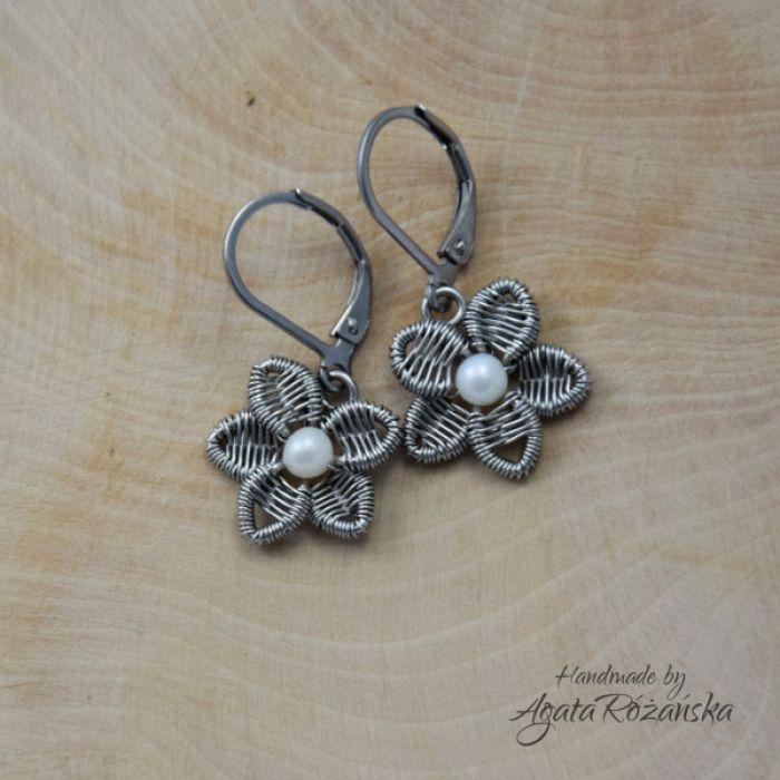 KWIATY kolczyki kwiatki, perły, wire wrapping - Oryginalne i subtelne