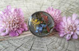 Pierścionek z kolorowymi kwiatami