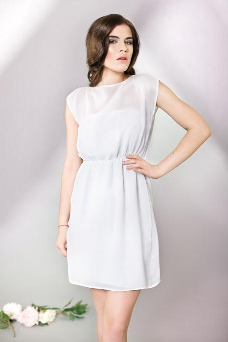 Transparentna biała sukienka