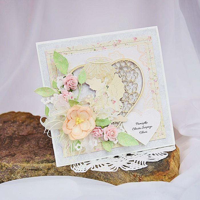 Delikatna kartka na chrzest z aniołkiem