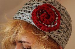 Szydełkowy beret - czapka