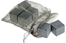 Kamienie do drinków w woreczku