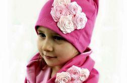 Komplet czapka z kwiatkami i komin