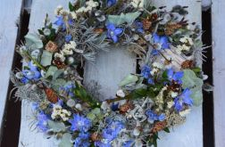 wiosenny wianek z ostróżką
