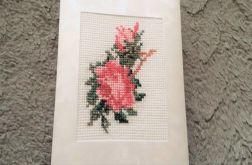Haftowana kartka z różami