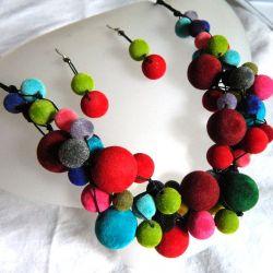 Kolorowy zestaw w stylu folk,korale, kolczyki