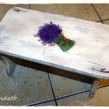 Taboret krzesełko ryczka lawendowy bukiet