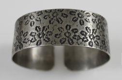 Metalowa bransoleta - kwiaty