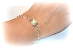 bransoletka celebrytka z perłą