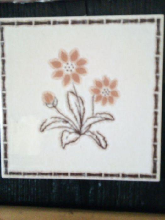 Stara deska i ceramika - ozdobna zawieszka - drugi kwiat
