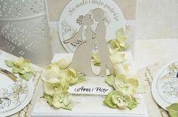 Pastelowe pudełko na ślub