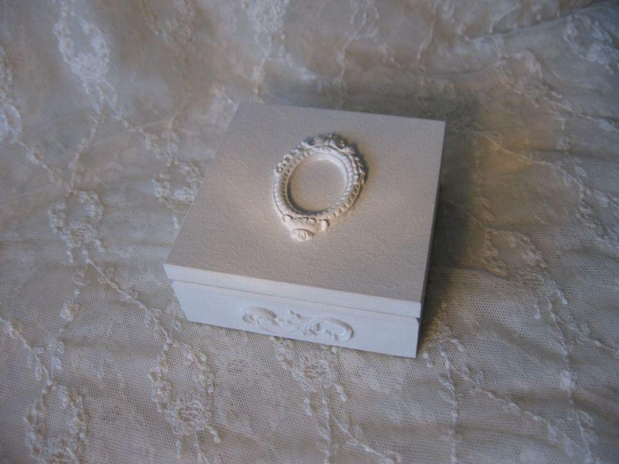 skrzyneczka na obrączki lub kopertę