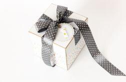 Pudełko z kieszonkami na roczek