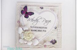 Delikatna kartka na Ślub z motylkiem
