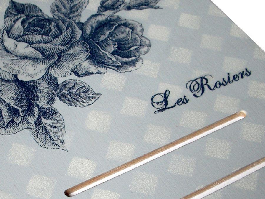 NIEBIESKIE RÓŻE - deseczka pod kalendarz - Granatowe róże - deseczka pod kalendarz