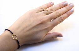 pierścionek na gumce szafiry oponka
