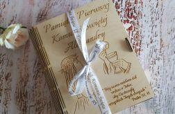 Pudełko z dedykacją w formie książki - Pamiątka I Komunii Świętej