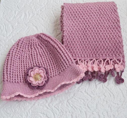 Wrzosowy komplet szal i kapelusik