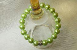 54. Bransoleta z pereł szklanych 10mm